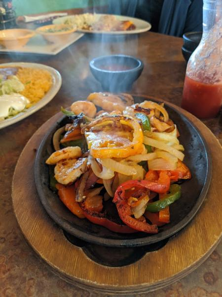 shrimp fajitas at cancun mexican restaurant in newport ky
