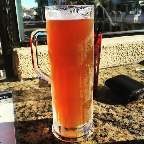 Huntington Beach Beer Co. IPA photo by @shelcelo