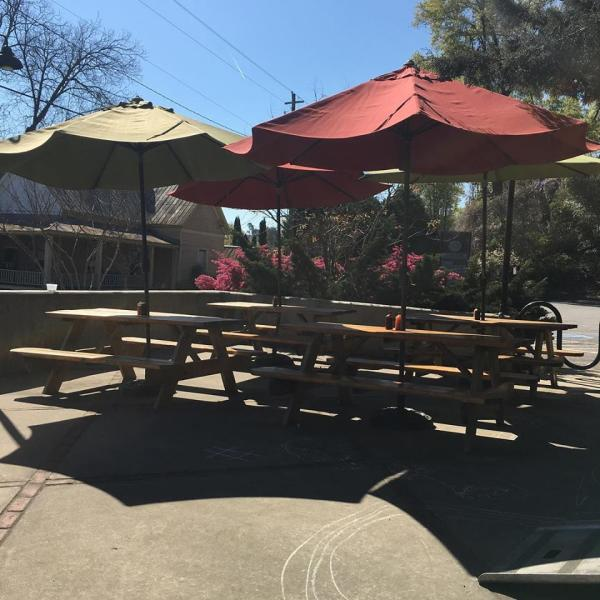 Outdoor patio at Pulaski Heights BBQ in Athens, GA