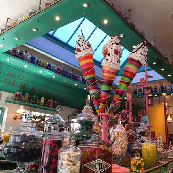 Sneak Peak inside Honeydukes taken by @__vane__epes__