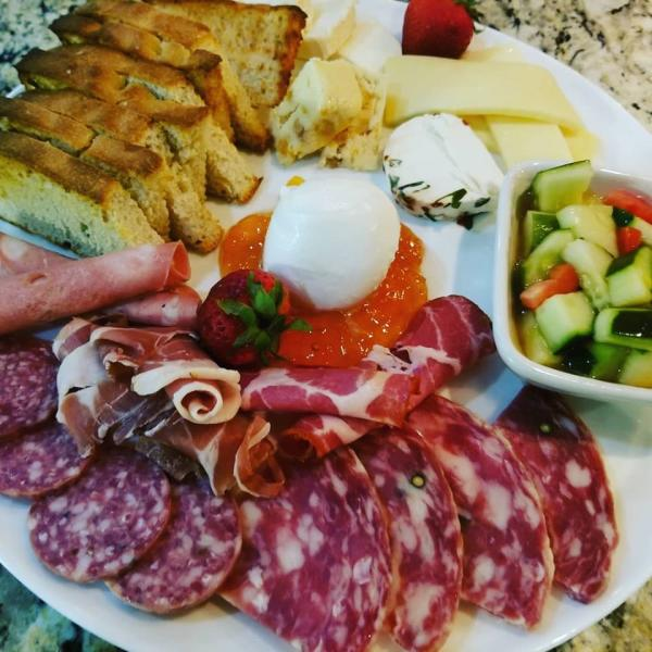 Lily's Charcuterie
