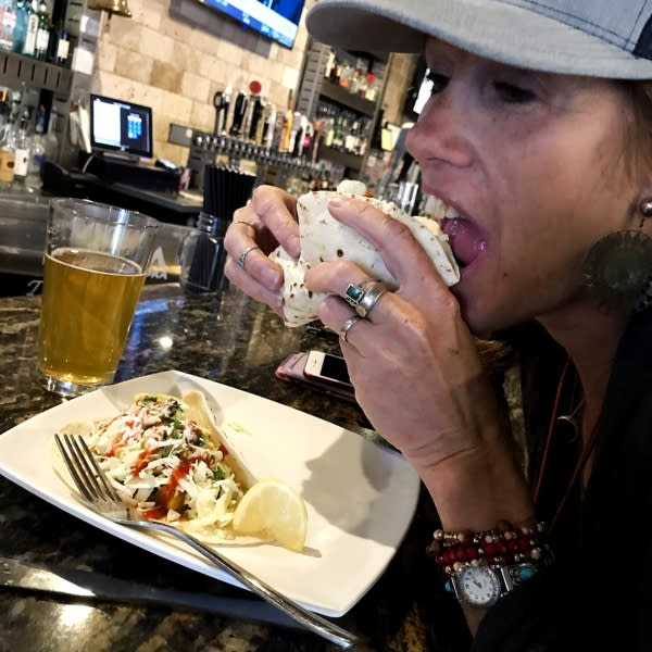 The Pint House - Thai Chicken Tacos - IMG_6984