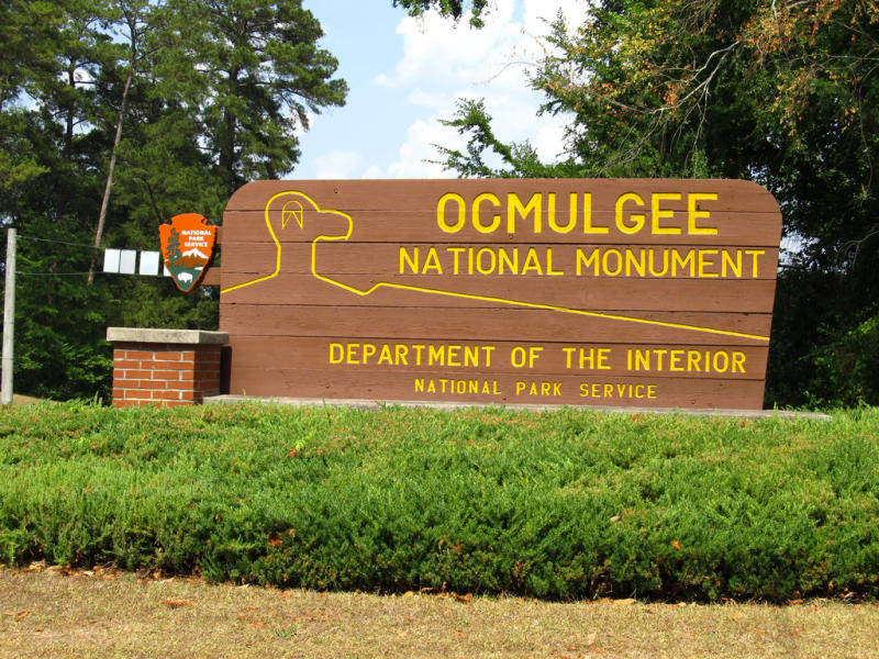 Ocmulgee Mounds National Historical Park Entrance