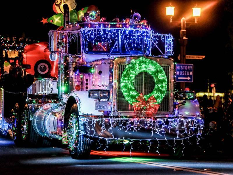 Night Lights Christmas Parade Grand Ledge