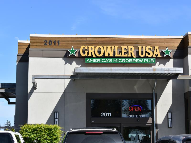 Growler USA Exterior