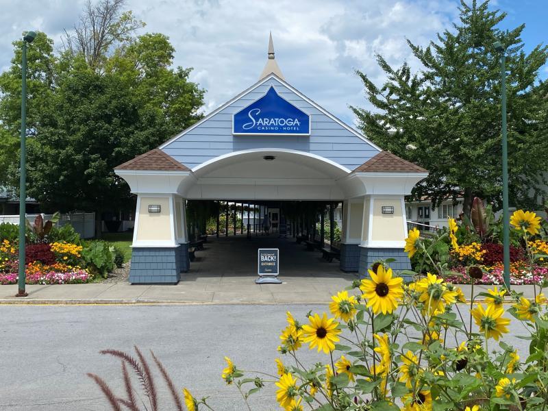 Exterior Saratoga Casino