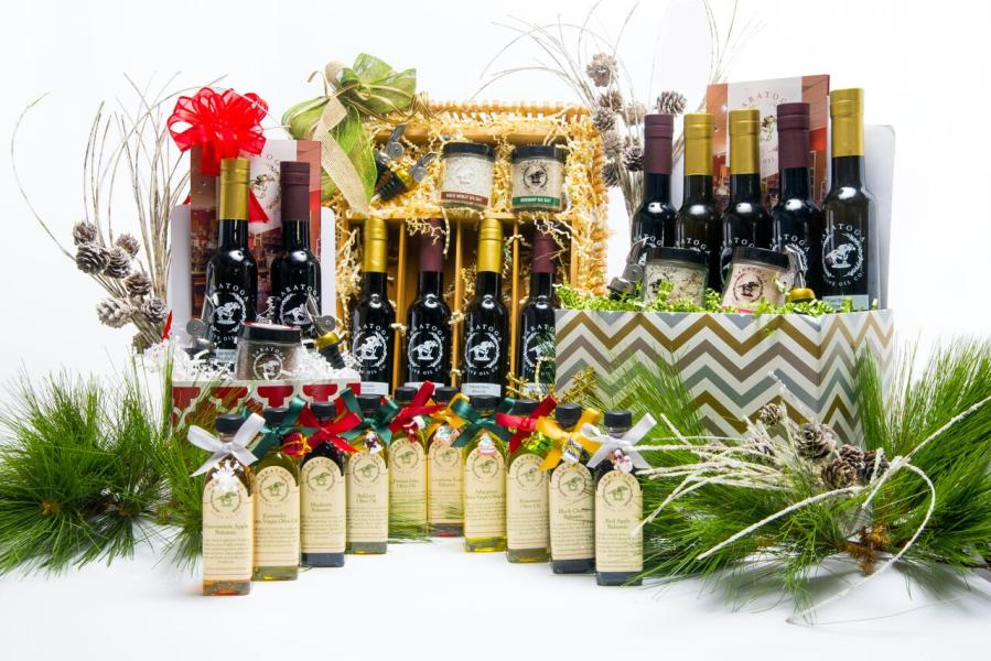 Festive picture of Saratoga Olive Oil holiday gift sets