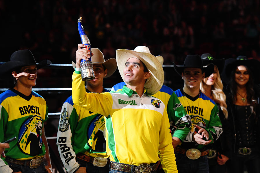 Photo of PBR team Brazil with trophy at PBR Global Cup