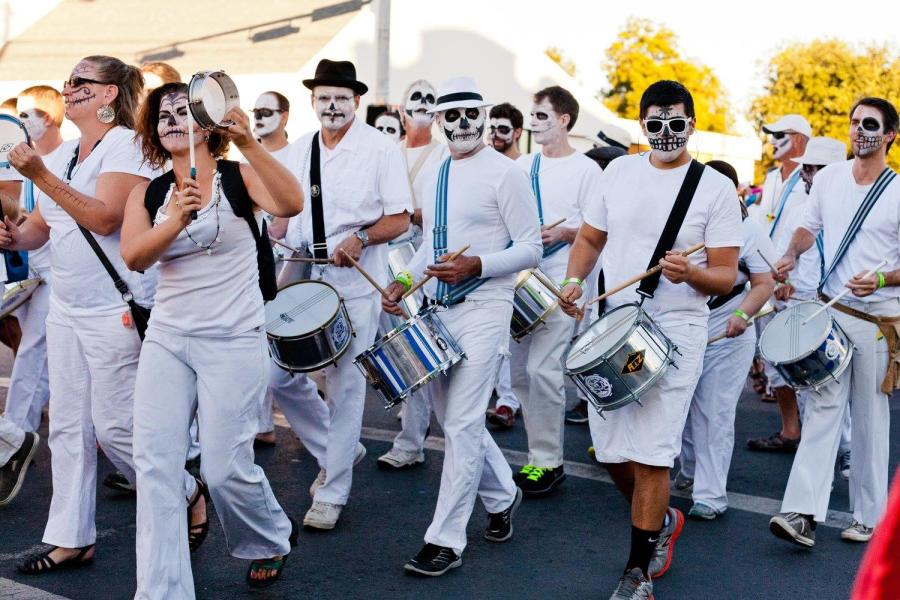 day of dead parade