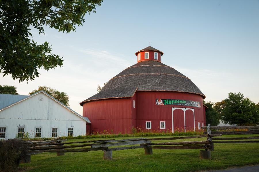 Nappanee round barn