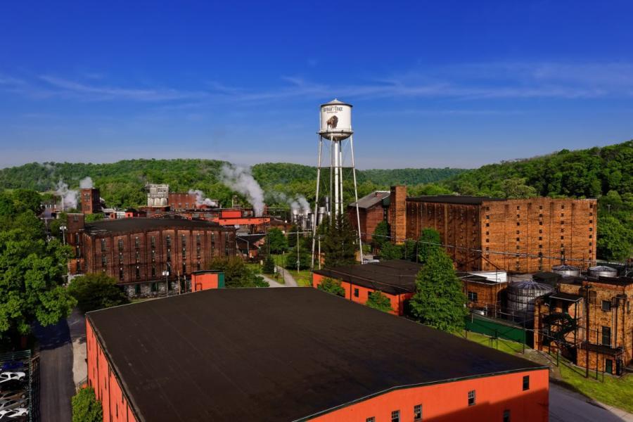 Buffalo-Trace-Distillery-1200x800