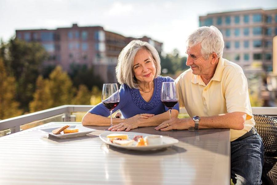 Outdoor Dining and Wine
