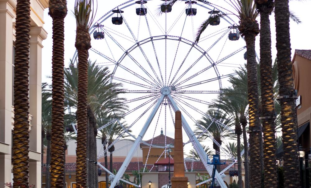 What's-New-at-Irvine-Spectrum-Center-2018-Giant-Wheel