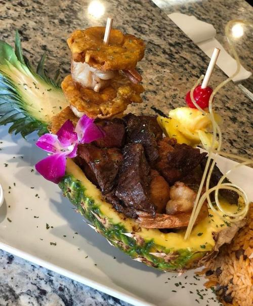 La Yaroa Troipical Restaurant in Virginia Beach serves up Caribbean-inspired meals.