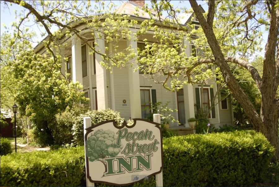 Pecan Street Inn
