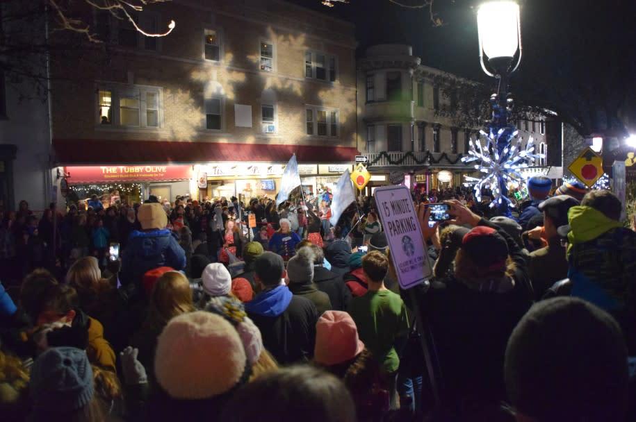 Doylestown Tree Lighting Crowd
