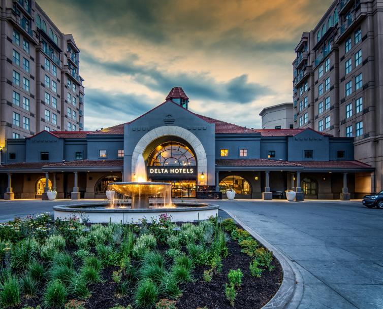Delta Hotels by Marriott Grand Okanagan Resort - Exterior in the Morning