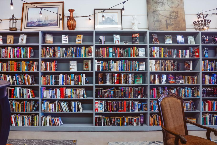 Books-4-Ewe 4