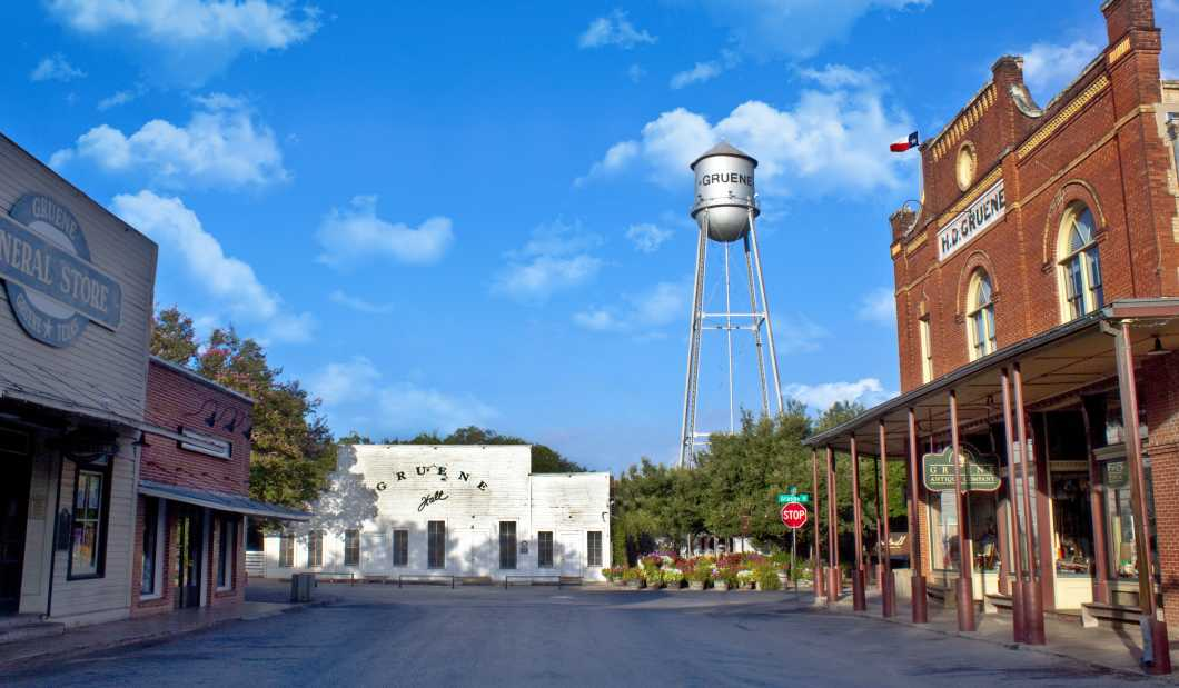 Gruene, Texas.jpg