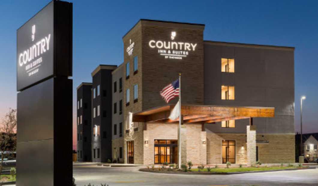 Country Inn & Suites.jpg
