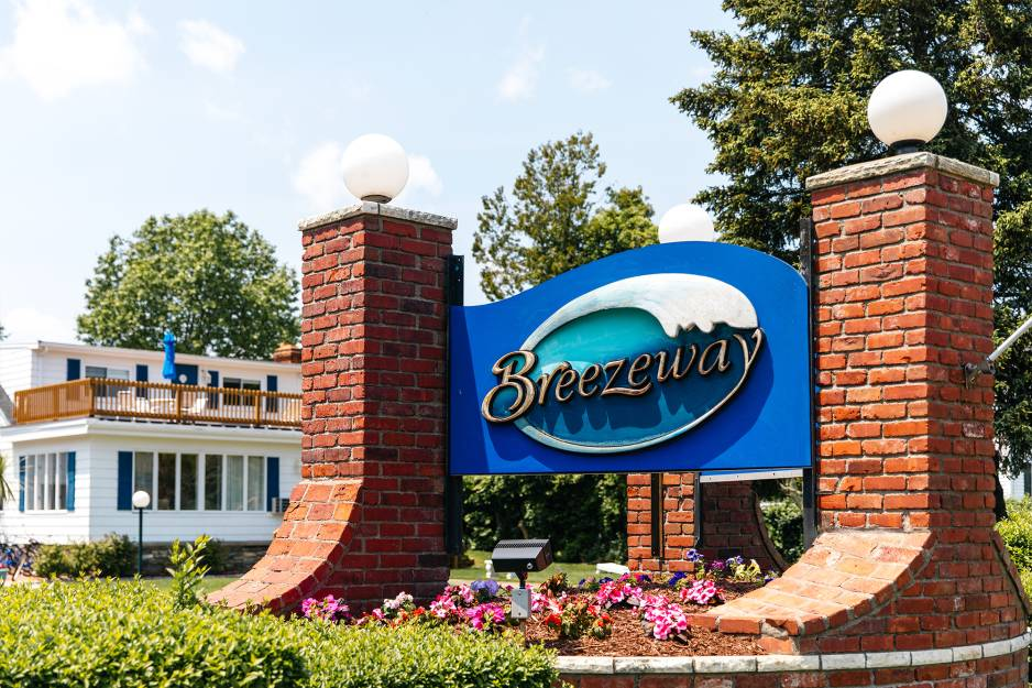 Breezeway Resort2