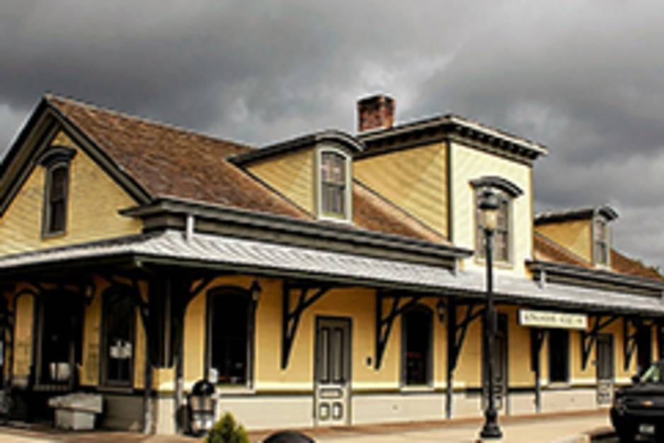 Kingston_Railroad_Station.jpg