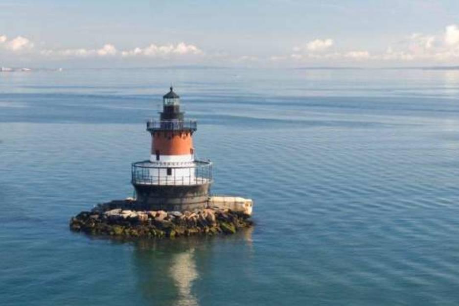 SC RI lighthouse cruise