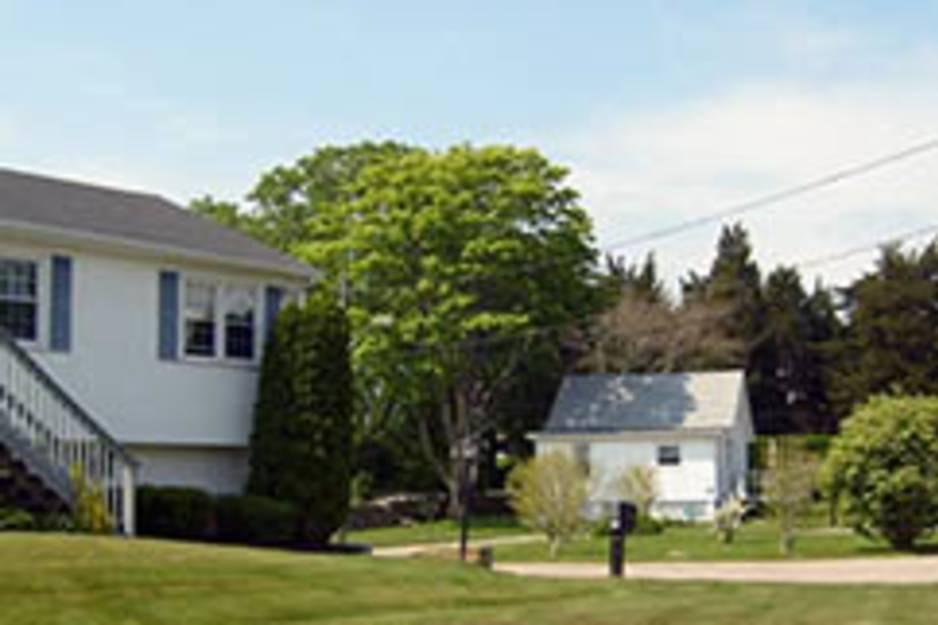 holdredge house.JPG