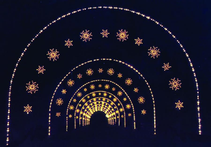 winter wonderland snowflake tunnel