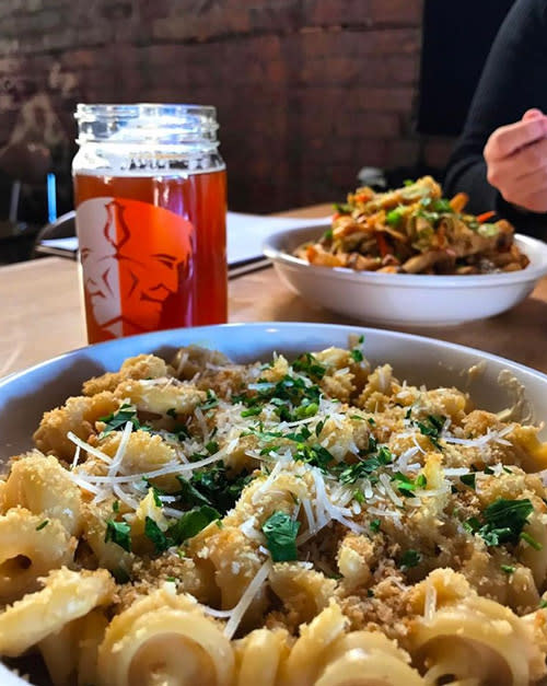 Trubble Brewing Mac n Cheese photo by Brett Gauger