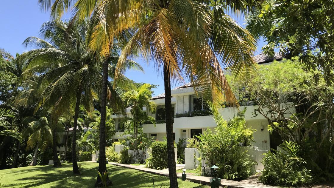 Goblin Hill Villas