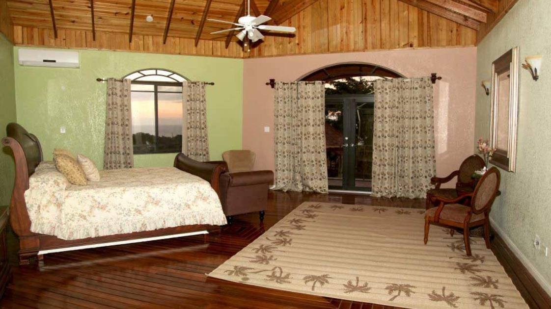 Milbrook_bedroom