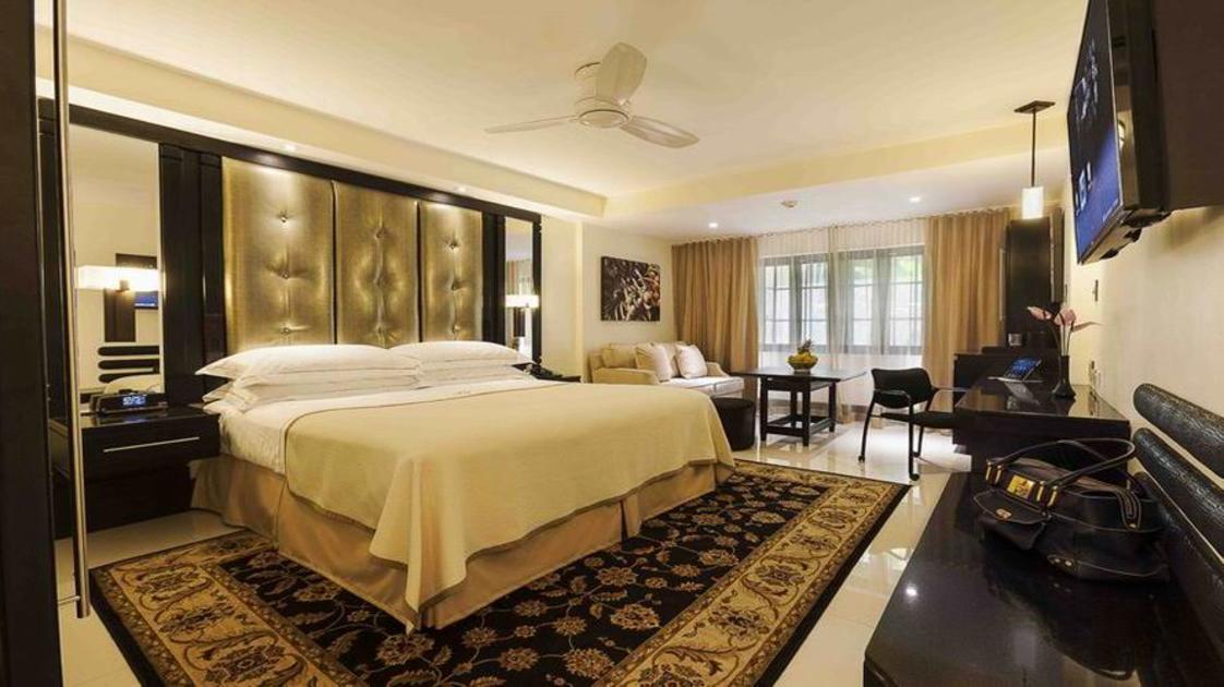 Terra Nova Hotel Suite1