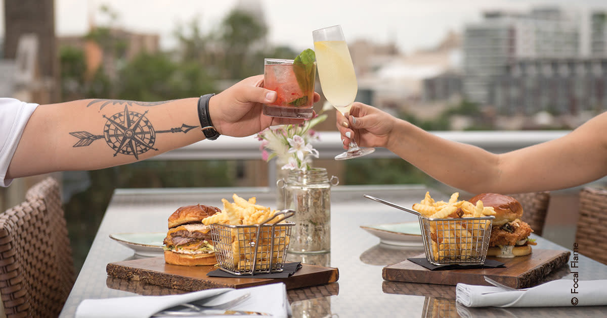 Outdoor Dining: Burgers & Fries