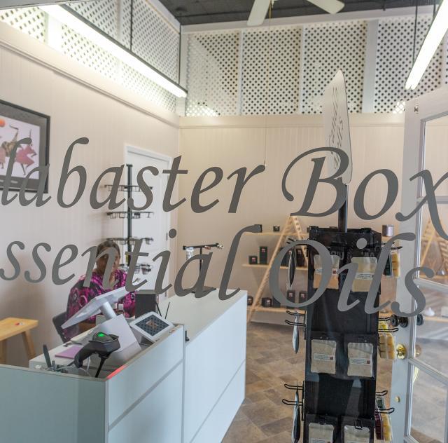 Alabaster Essential 2000x1500 72dpi