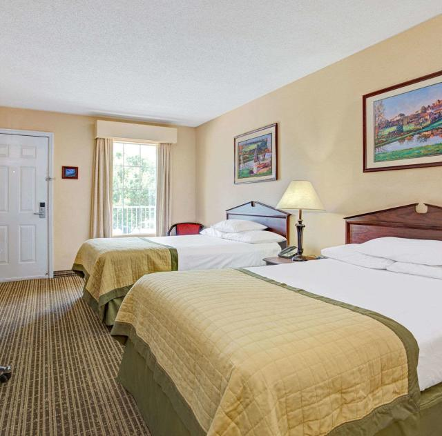 Baymont Inn & Suites Double Room