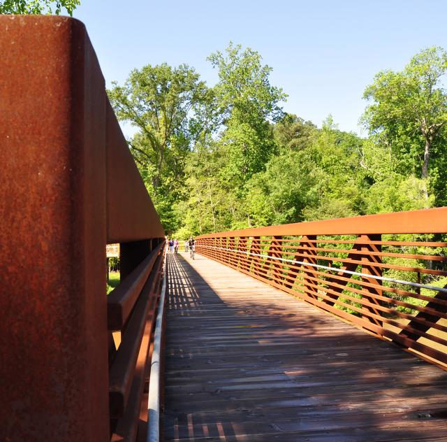 Clayton River Walk Bridge 2000x1500 72dpi