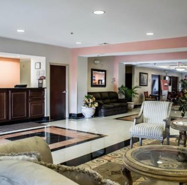 Comfort Inn Smithfield Lobby