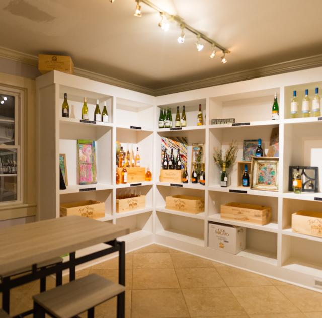 Corked and Untapped Interior Shelves 2000x1500