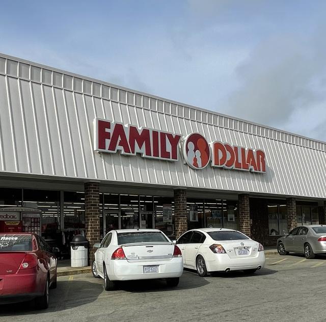 Family_Dollar_benson_2000x1500_72dpi