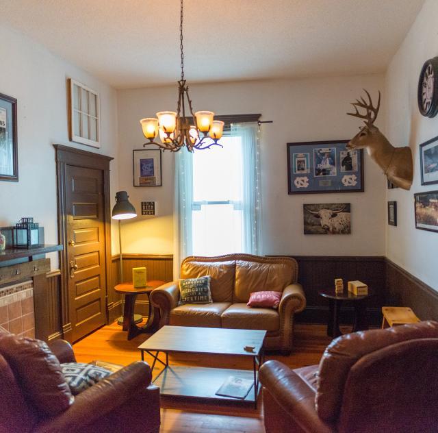 First Street Tavern Interior 2 2000x1500 72dpi