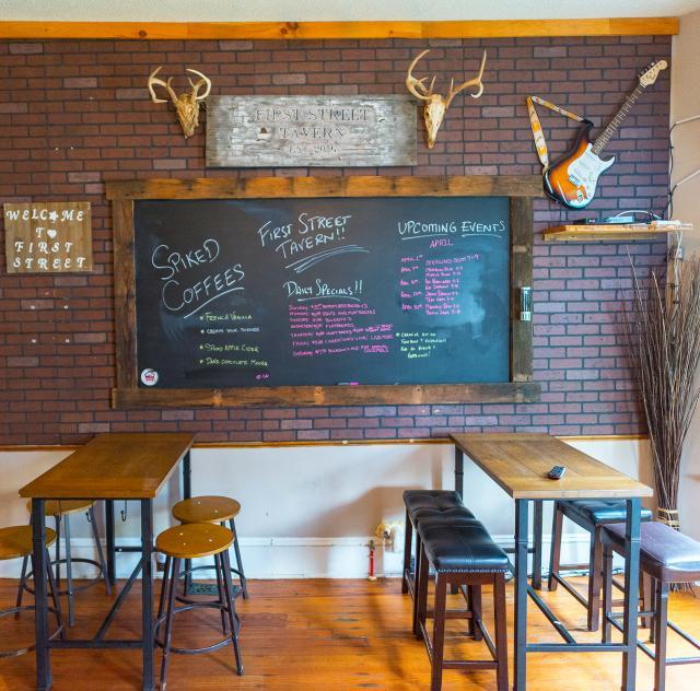 First Street Tavern Interior 2000x1500 72dpi