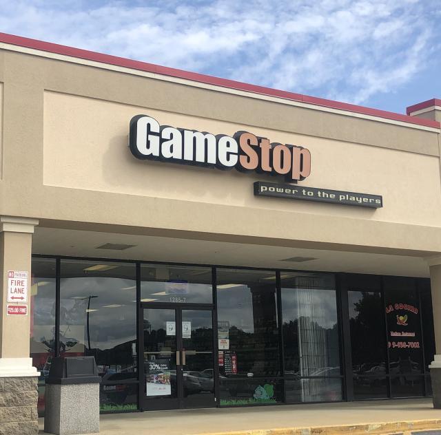 Game Stop Smithfield 2000x1500 72dpi