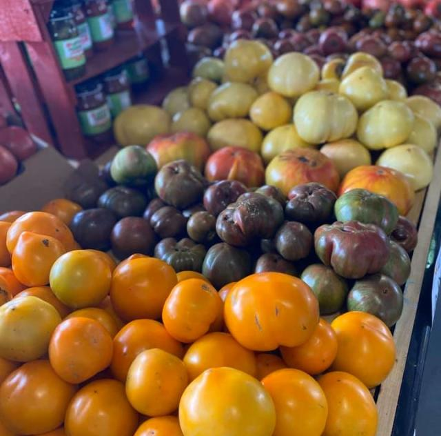 Lee's Produce tomatoes