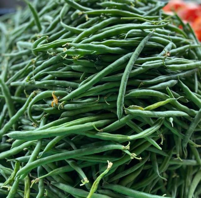 Lee's Produce green beans
