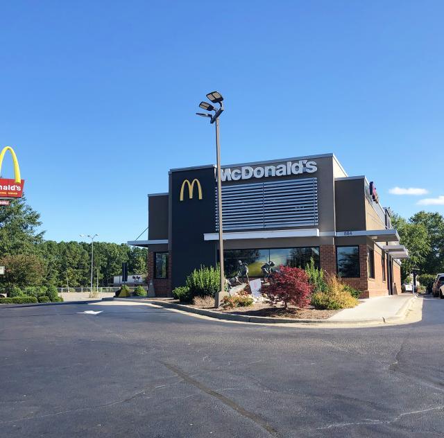 McDonald_s Smithfield 2000 x1500 72 dpi