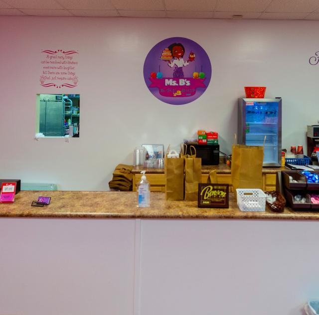 Mrs Bs Bake Shop 2500x1500 wide shot interior 72dpi