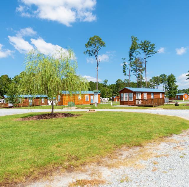 RaleighOaks_cabins