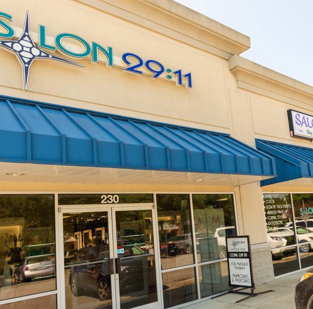 Salon 2911 exterior
