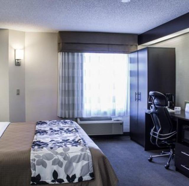 Sleep Inn Garner King Room